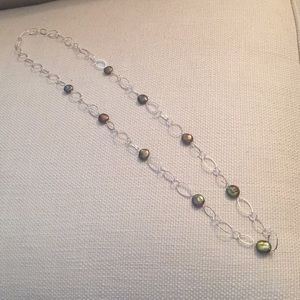 Jewelry - Pearl and silver chain necklace